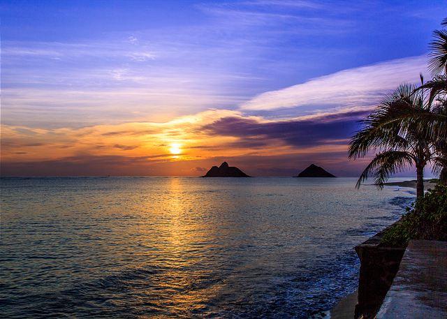 8-lanikai-oceanfront-bungalow_islands3