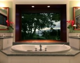 luxury-bathtub-hawaiian-estate-800x534