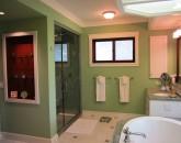 paradise-estate_master-bath2_img_2415