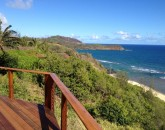 halemana_deck-over-beach