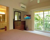makana-akua_second-master-suite-king-view