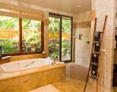 10-high-bluffs_master-bath-660x440