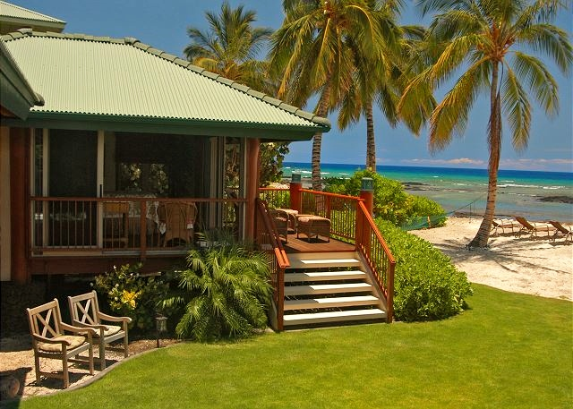 12-puako-beach_lanai-exterior