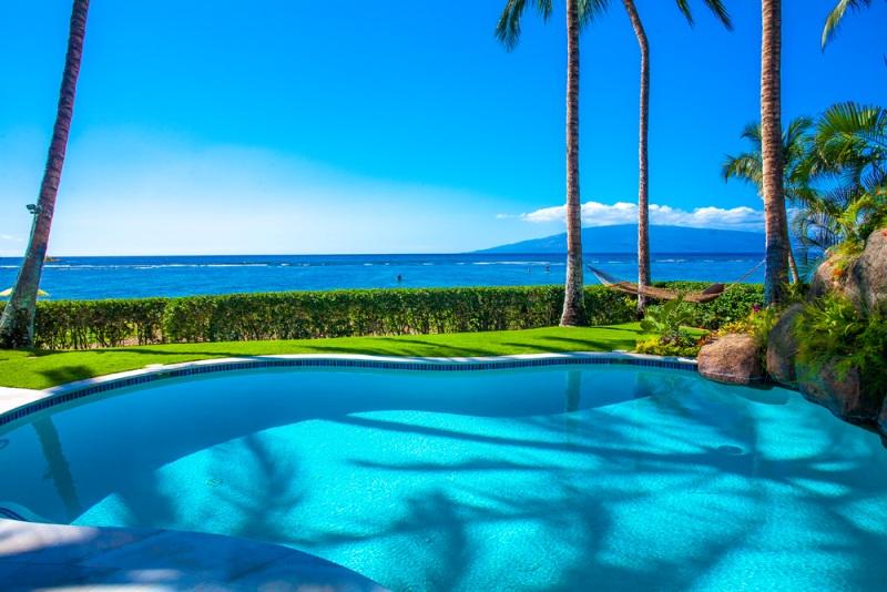 2-opalseas_private-beachfront-heated-pool-2_sm