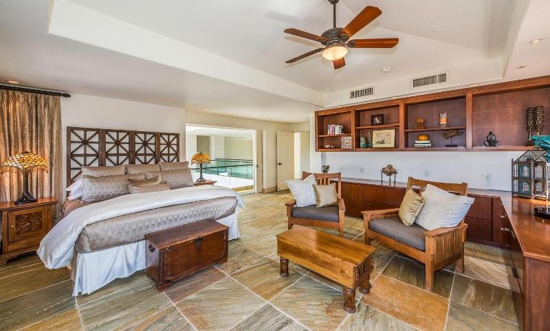 23-kai-ala-estate_bedroom2-alt-800x482