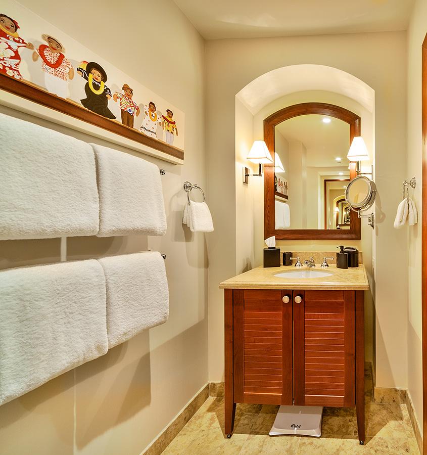 27-cocopalms_bedroom-3-bath