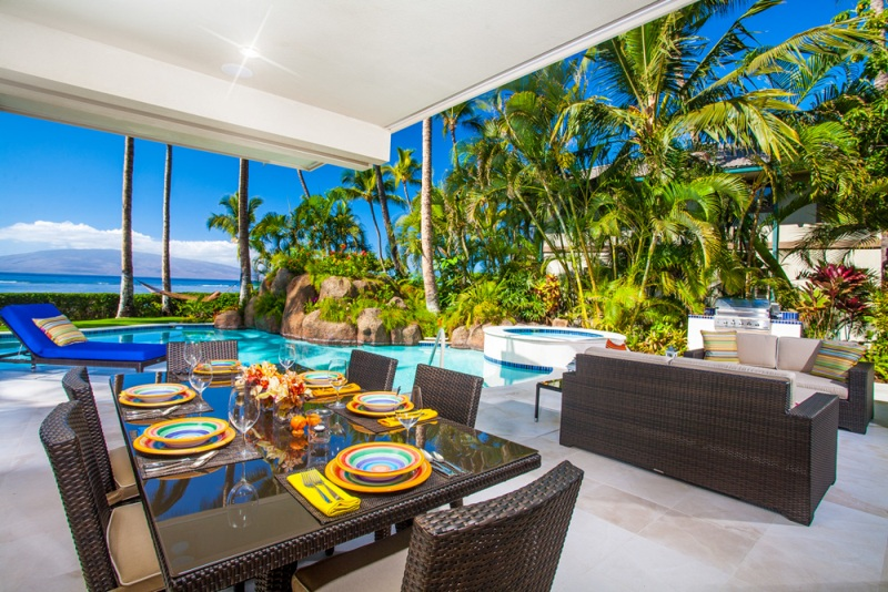 5-opalseas_covered-outdor-poolside-sunset-view-dining-for-6_sm