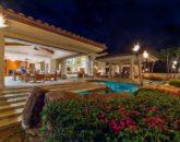 7-kai-ala-estate_exterior-night4-800x532