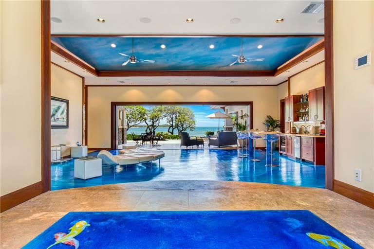 blue-ocean_great-room-2-768x512