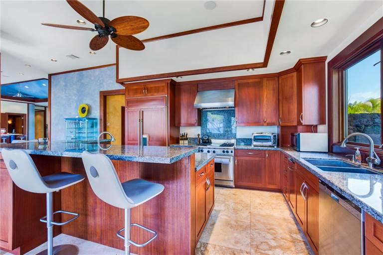 blue-ocean_kitchen-768x512