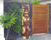 kona-coconut_carving
