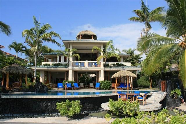 kona-coconut_exterior-pool
