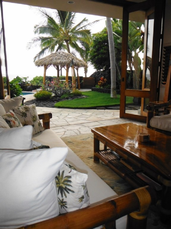 kona-coconut_towards-lanai