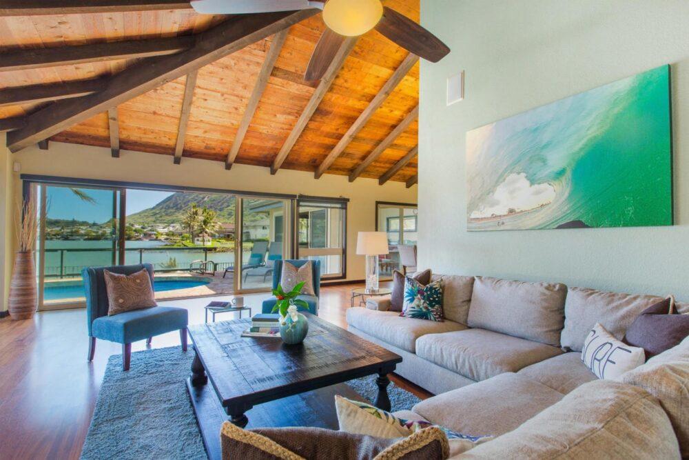 marina_livingroom
