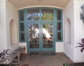 napili-tennis-villa_exterior-entry