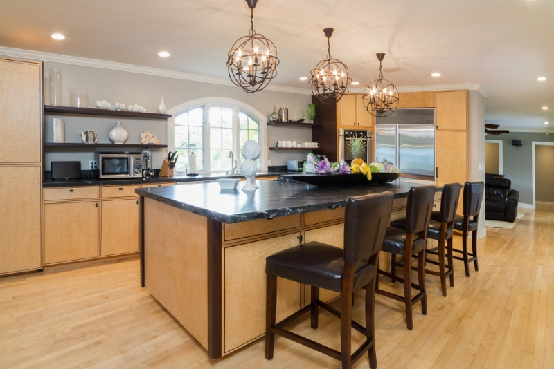 10-bay-villa_2014_kitchen-800x534
