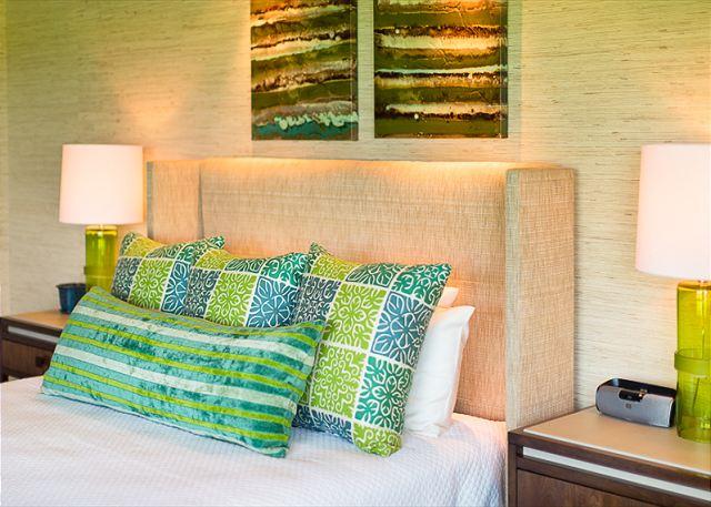 12-fairway-villa-116d_master-bed