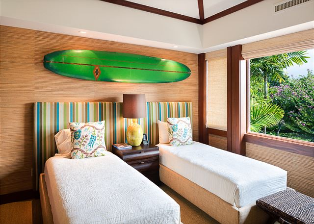 14-fairway-villa-116d_bedroom-3-set-as-twins