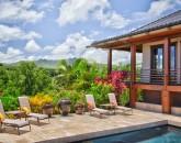 4-heavenlyview_pool-lounges