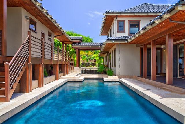 6-heavenlyview_pool-courtyard