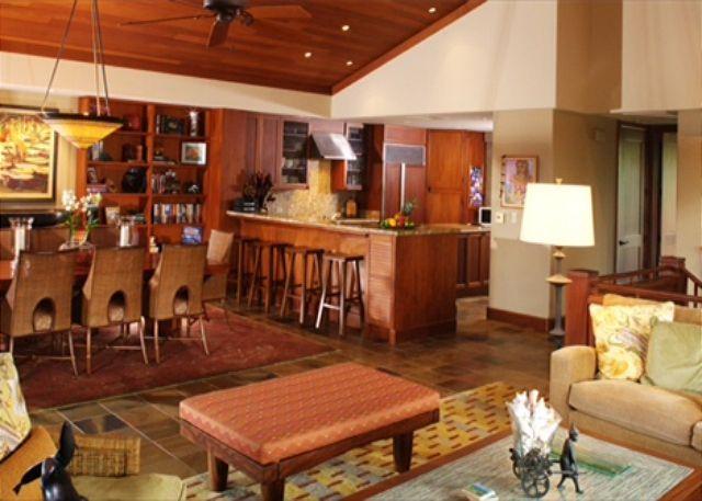 7-ke-alaula-villa-210a_open-room