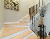 9-bay-villa_2014_stairs-800x534