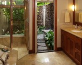 9-ke-alaula-villa-210a_master-bath