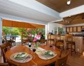 11-lanikai-ohana_kitchen-and-dining-800x536