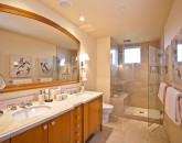 18-sandysurf_2nd-master-bath-800x563