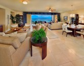 7-sandysurf_full-great-room-800x533