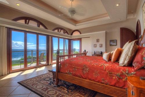 17-poipu-paradise_bedroom-3-ov