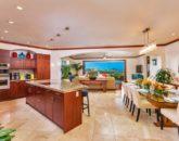 12-sandcastlessuite_kitchen-dining-800x534