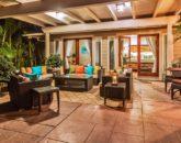 6-3-mangosurf_lounge3-800x534
