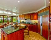 13-kailuana-retreat_kitchen-666x444