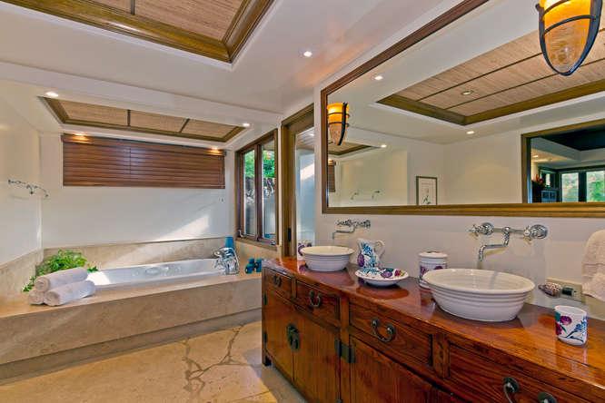 20-kailuana-retreat_master-bath-666x444