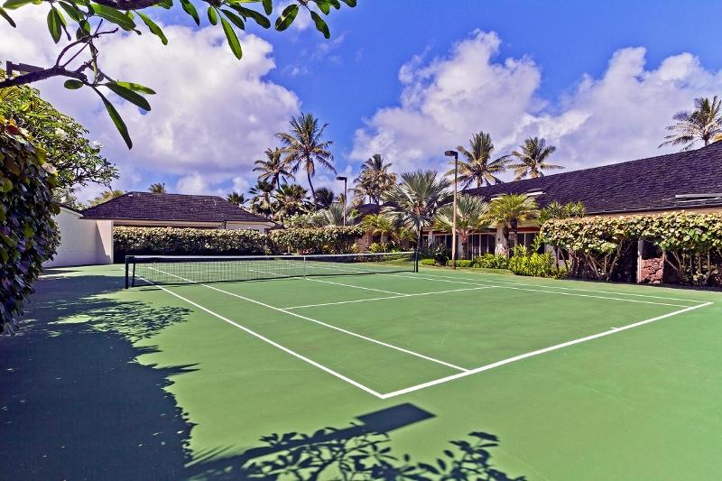 5-kailuana-retreat_tennis-800x533