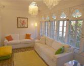 6-spa-estate_tvroomlight-800x532