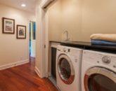 23-tropical-retreat_laundry-800x570
