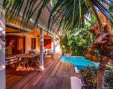 5-tropical-retreat_lanai-and-pool