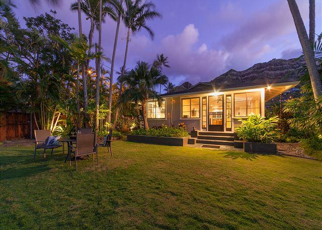 8-mokulua-cottage_exterior