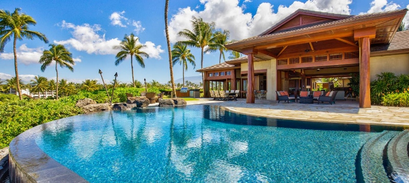 1 Pauoa Luxury Estate_pool day (800x359)