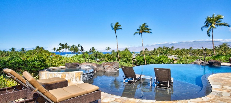 2-pauoa-luxury-estate_pool-to-ocean-800x359