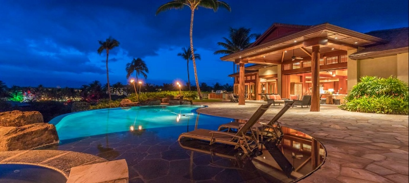 4-pauoa-luxury-estate_pool-evening-800x359
