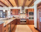 18-haliipua-villa-104_kitchen