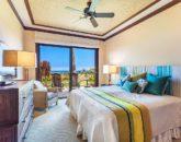 23-haliipua-villa-104_bedroom2-as-king