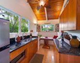 10-kailua-tropical-oasis_kitchenette