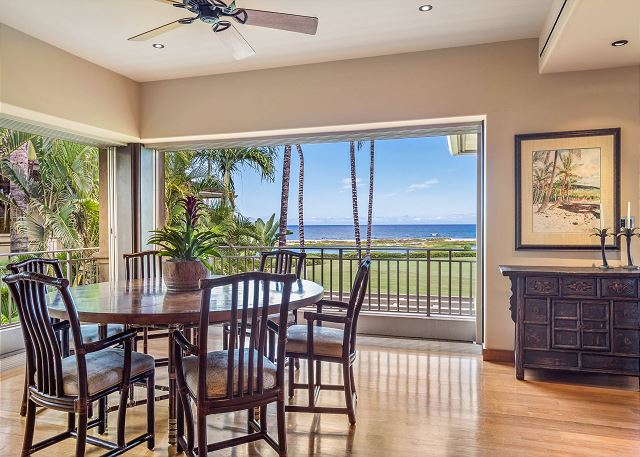 13-oceanview-villa-4202_formal-dining