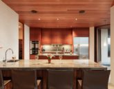 25-secret-cove-estate_kitchen2-800x533