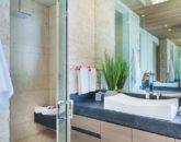 31-ocean-estate_master-bath-sink-800x533