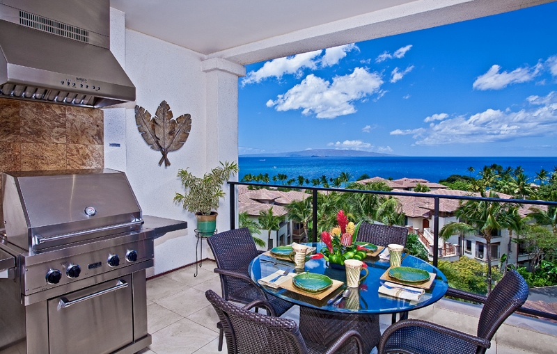 1 Grand Seascape K407_lanai view bbq (800x509)